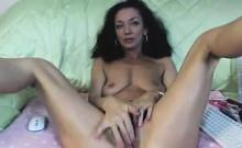 Gorgeous Amateur gf 3 Finger Fucks Her Pussy