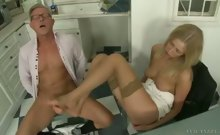 Young Teena's First Feet Games With Christopher! Here On Cam