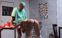 Old vet gets sucking from hot pimp to save her puppy
