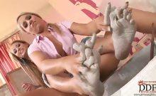 beautiful babes licking, stroking, poking and pleasuring