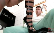 Healing his cock with her feet