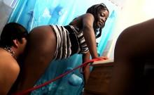 Ebony Desirae Offers A Handjob