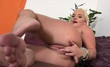 She Wants It All! - Cali Carter