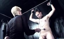 Kinky Slut Enjoys Pleasuring Meat Poles