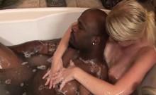 Interracial Massage With Cum Licking Masseuse