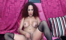 Solo Shemale Babe Jerking Off On Webcam