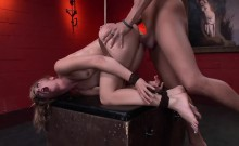 Mona Wales gets tied up and fucked