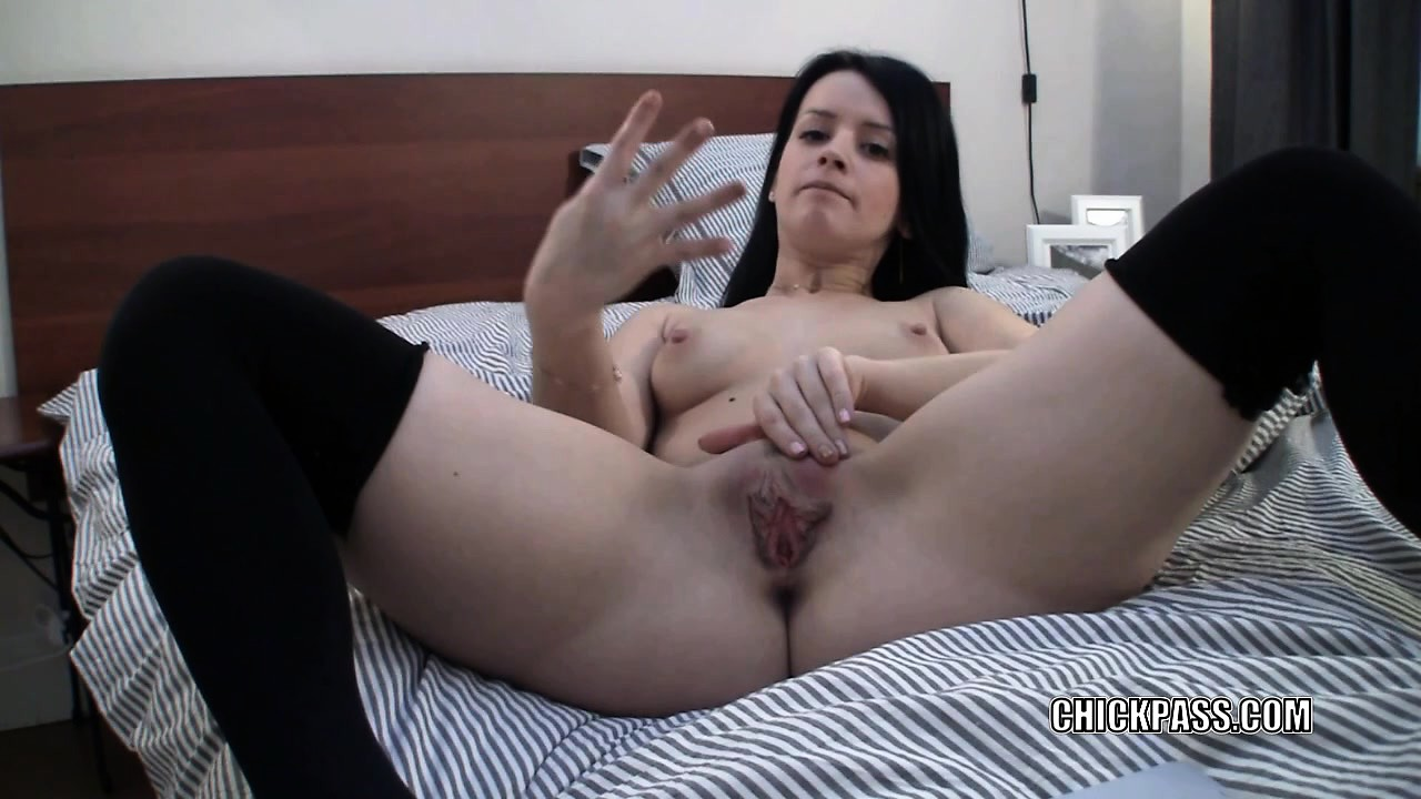 Amaterur Porno Online free mobile porn - horny webcam hottie britney stuffs four
