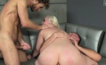 Hot Chick Jenna Ivory Gets All Her Holes Filled Up