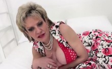 Unfaithful british milf lady sonia reveals her massive boobs