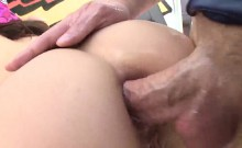 Luscious looker presents big bum and gets anal hole nailed79