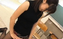 Super sexy oriental teacher gives a steaming oral