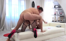 Luna Melba wanted it hard for her juicy clit