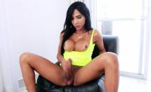 Ts Yasmim Dornelles Rides Dudes Cock And Make Him Cum