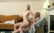Young blonde hardcore blowjob and deep tight pussy sex